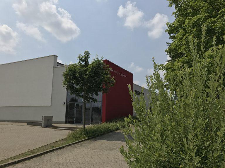 B9 Neue Sporthalle